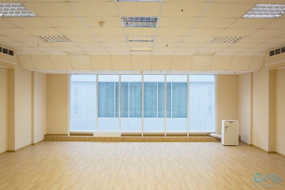 Зал для танцев, йоги и фитнеса