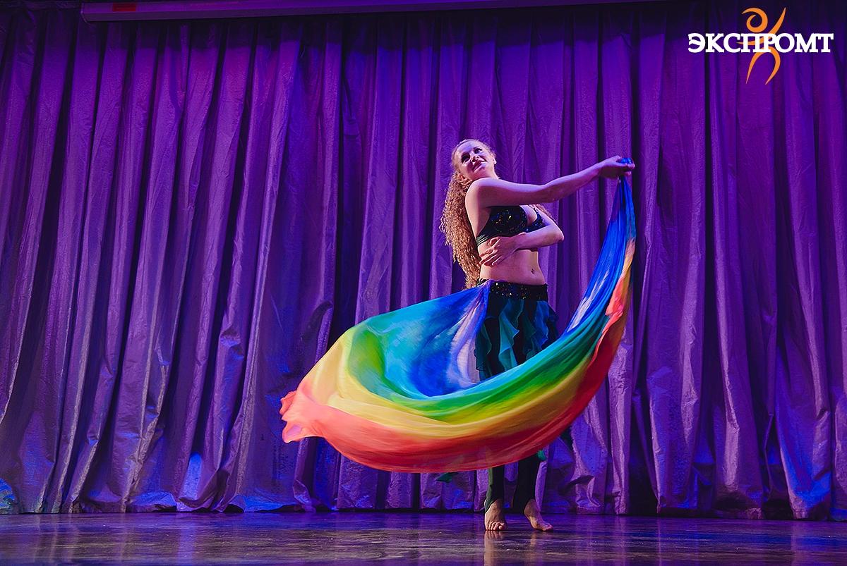 Танец живота с шалью, танец живота для начинающих