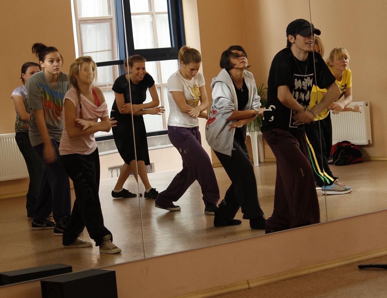 школа современного танца, школа современных танцев, школа современного танца СПб, школа современного танца для взрослых