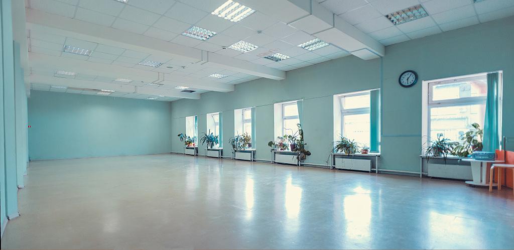 Зал для танцев в аренду, зал для йоги в аренду, зал для финтеса в аренду