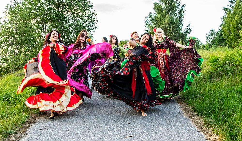Цыганские танцы обучение бесплатно история образования европа