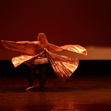 """Восточный танец с крыльями. Wings belly dance. Школа танцев """"Экспромт"""" СПб."""