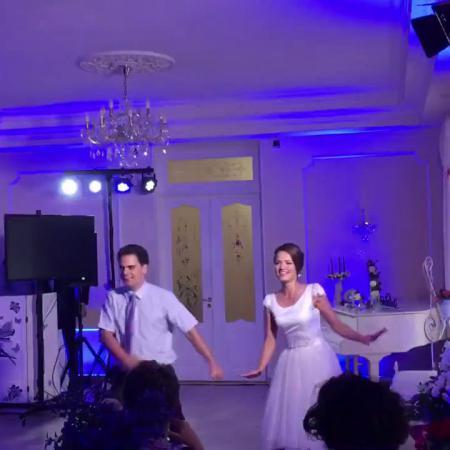 Свадебный танец. Романтичный свадебный танец + микс из современных танцев.