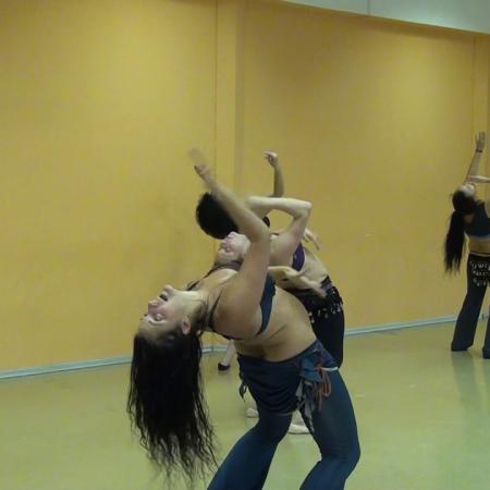 "Танец живота ""Otan horevis to tsifteteli"". Apostolos Nikolaidis."