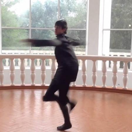 "Лезгинка. Школа танцев ""Экспромт"". Заказ танцоров лезгинки."