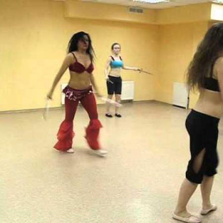 Танец живота с Кинжалами. Bellydance with daggers.