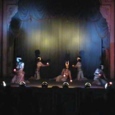 """Храм Исиды"" Танец живота в стиле фараоник со свечами. ""Temple of Isis"". Bellydance. Pharaonic with candles."