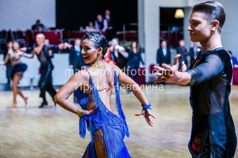Мария Ясинская. Бальные танцы для детей